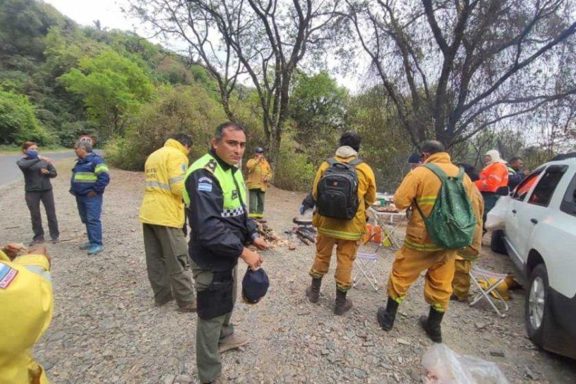 Se pudo controlar el incendio en el cerro San Javier