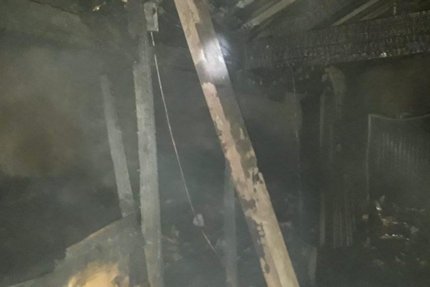 TUCUMAN: Un rayo cayó sobre una vivienda en el barrio Soeme (VIDEO)