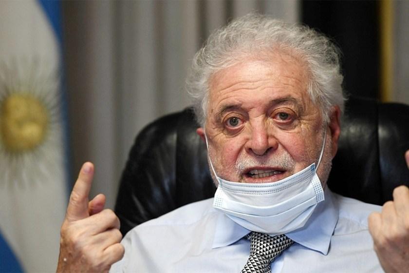 """González García: """"Tenemos compradas 51 millones de vacunas y buscamos 20 millones más"""""""