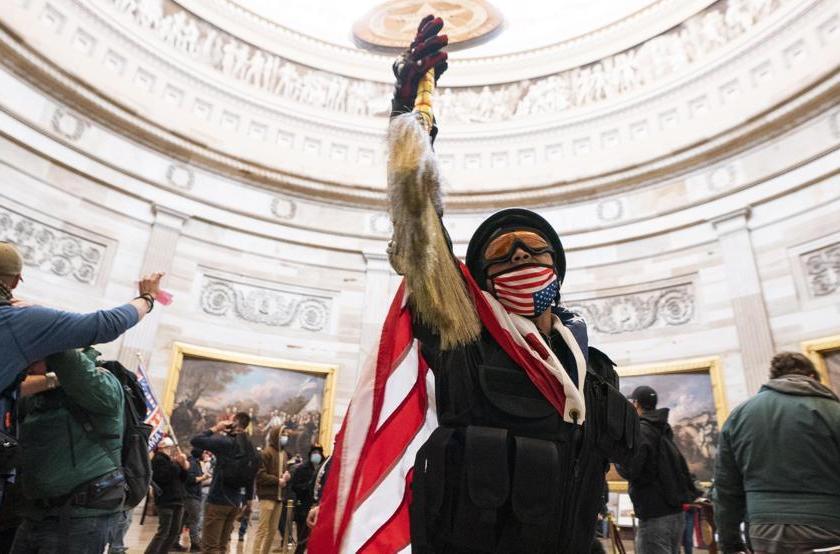 """EE.UU: """" Los videos mas impactantes de la invasión al capitolio """""""