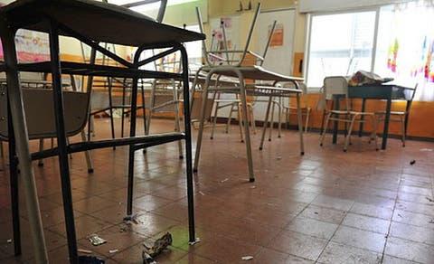 TUCUMAN: Suspenden el retorno del personal auxiliar a las escuelas