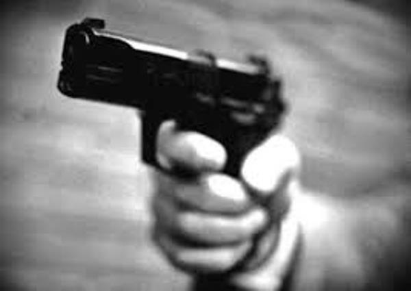 Motochorros dispararon en la boca a un empleado de Coca Cola para robarle la moto