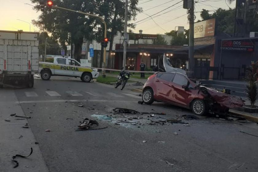 Yerba Buena: Terrible accidente en la Avenida Aconquija