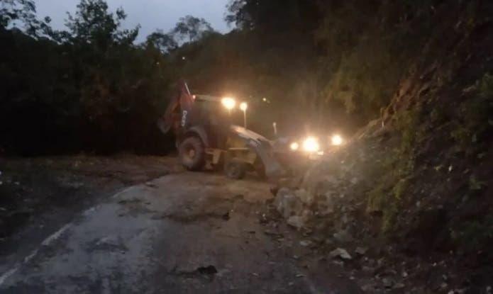 Hubo un desmoronamiento en el cerro San Javier por  las lluvias