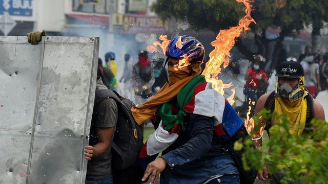COLOMBIA: Violencia extrema, hay 548 desaparecidos y 26 fallecidos en 10 días de protestas