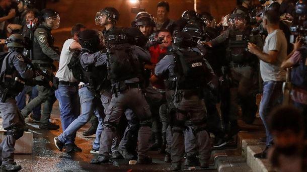 La violencia en Israel deja casi 300 heridos y aumenta la tension