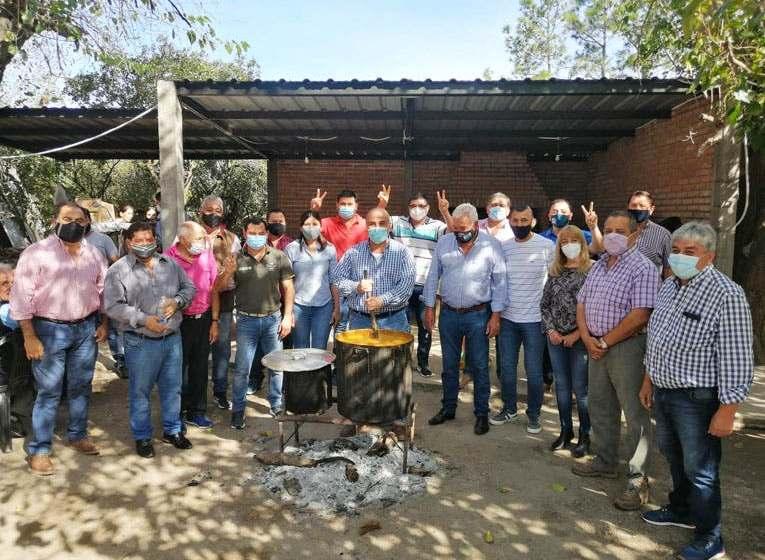 Interna del Pj: Juan Manzur comió locro en Pampa Mayo y negocia para quitarle legisladores a Jaldo