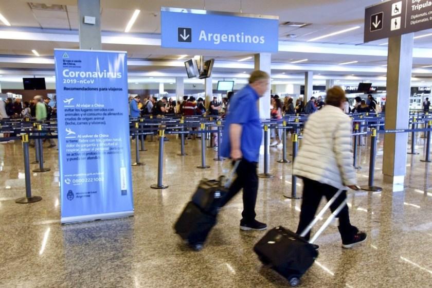 VUELOS: El Gobierno amplió el cupo de ingreso diario de pasajeros