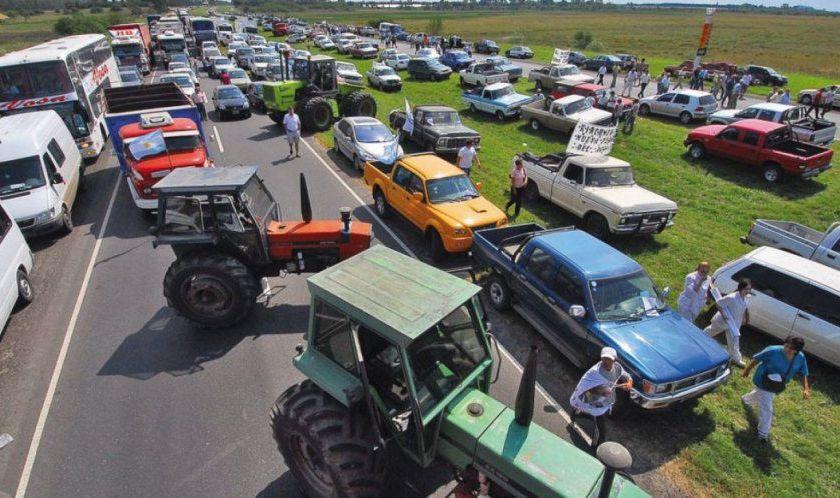 Empezo la protesta del campo contra el Gobierno: productores de todo el país se concentran en San Nicolás