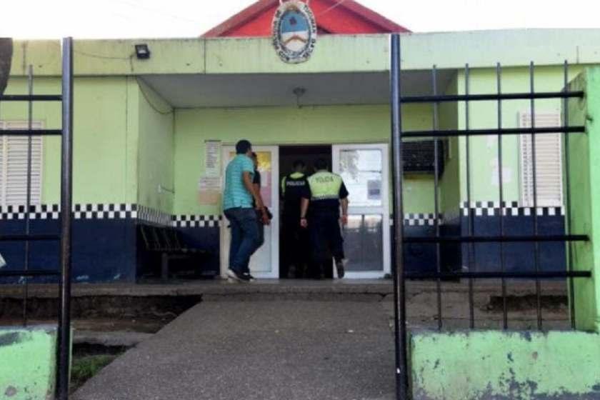 TUCUMAN: Se escaparon ocho presos por el techo de una comisaría