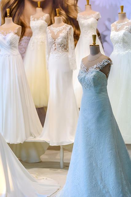 Sonar vestido de novia blanco y negro