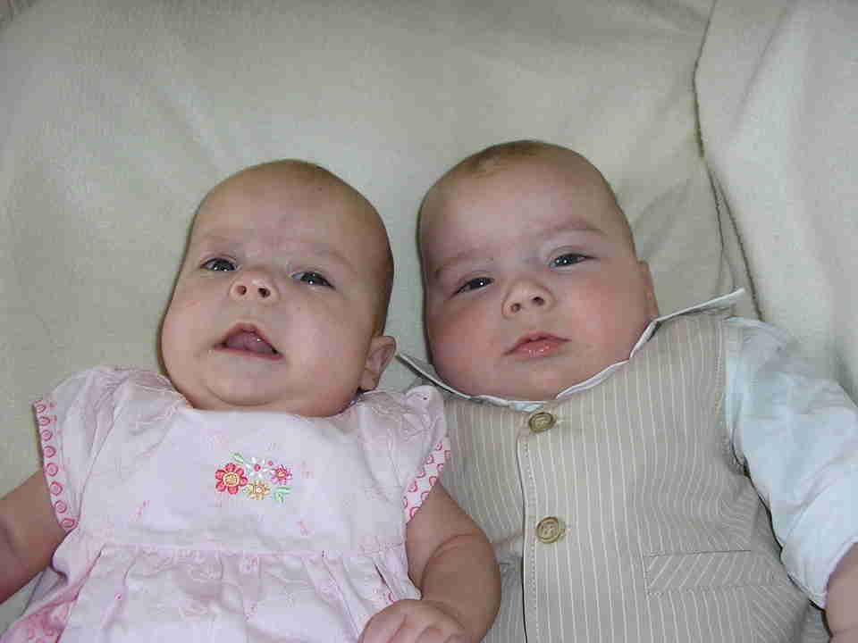 sueños con gemelos adultos