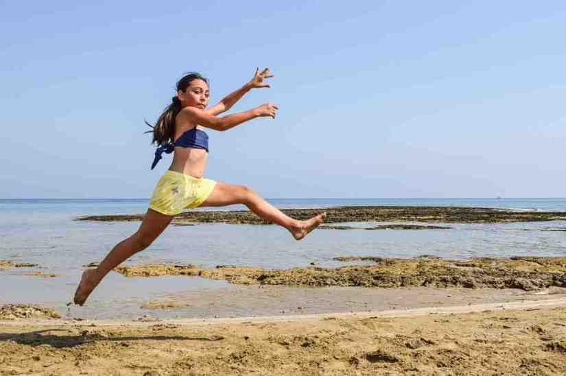 soñar con saltar sobre el agua