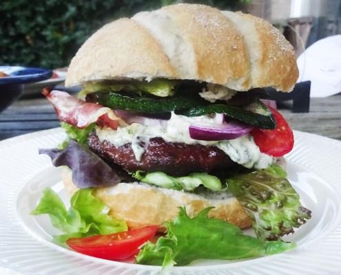 hamburger met remouladesaus