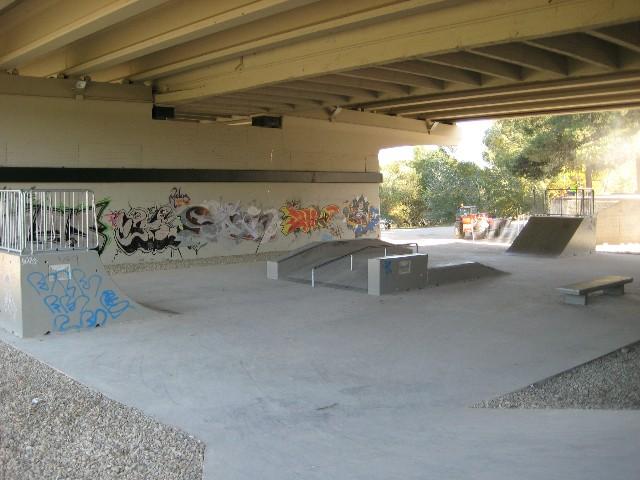 skatepark-zaragoza-puente-almozara-1