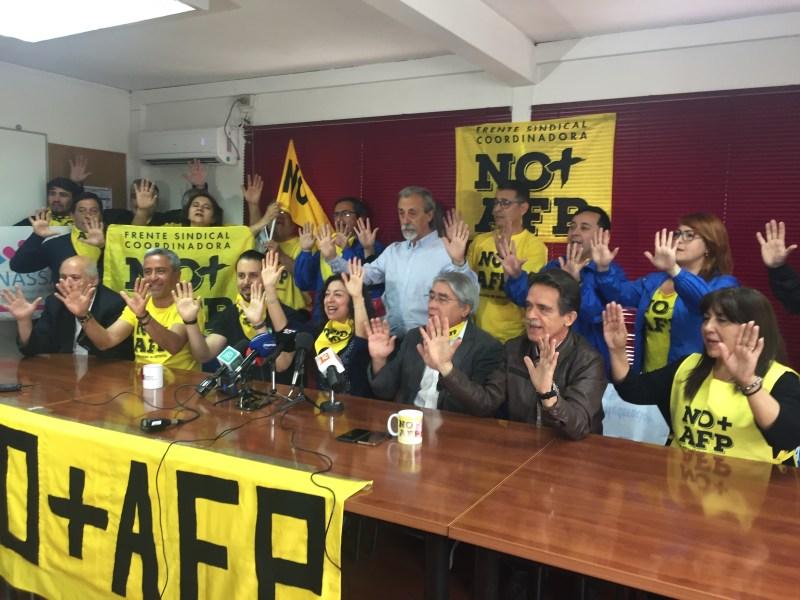 No Más AFP condena la vigilacia de dirigentes sociales