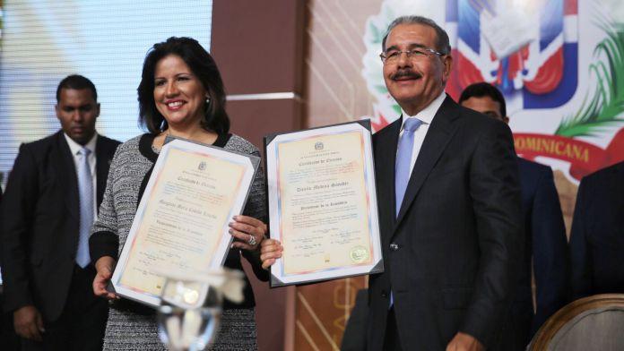 Margarita-Cedeño-y-Danilo-Medina-Servicios-DICOM
