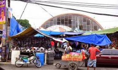 Mercado de Pueblo Nuevo en Santiago