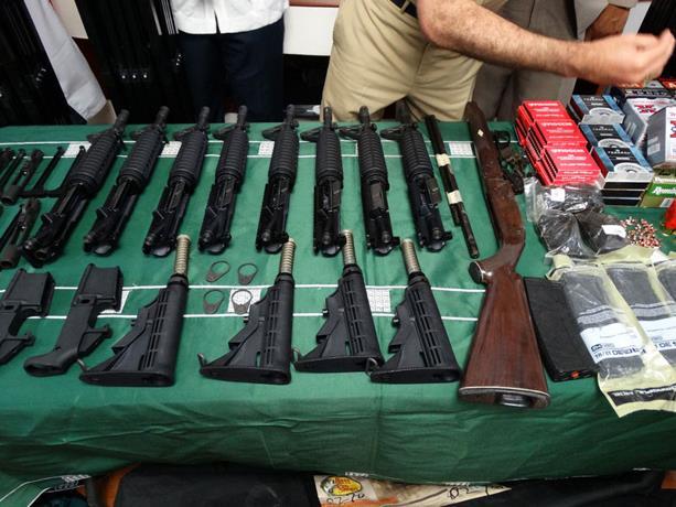 decomisan-armas-modernas-en-puerto-de-haina-oriental-2