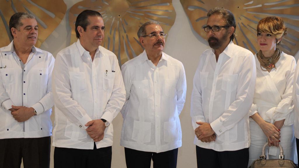 Presidente dominicano promete poner fin a los apagones en 2018