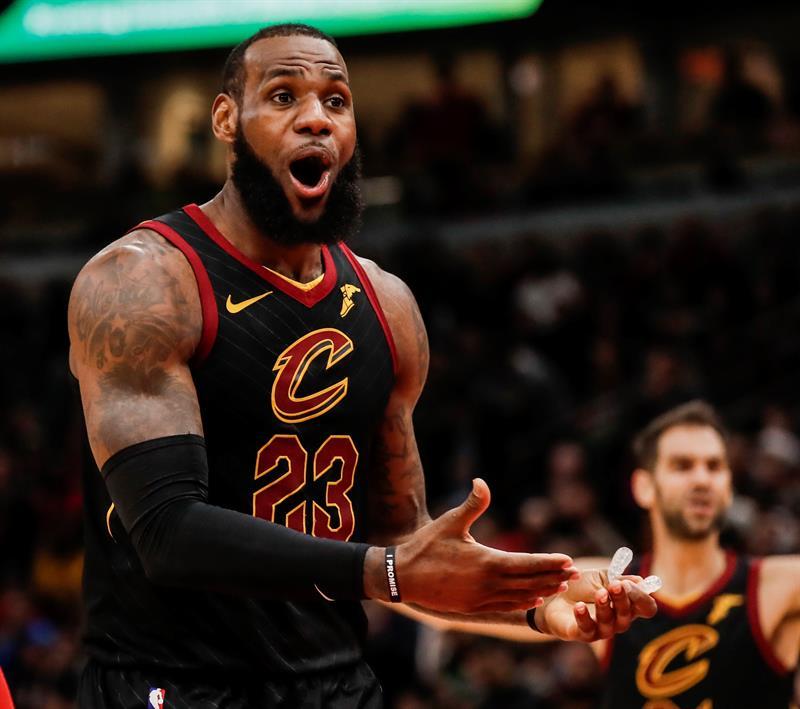 Cavaliers derrota 112-106 a Raptors con 27 puntos de LeBron James