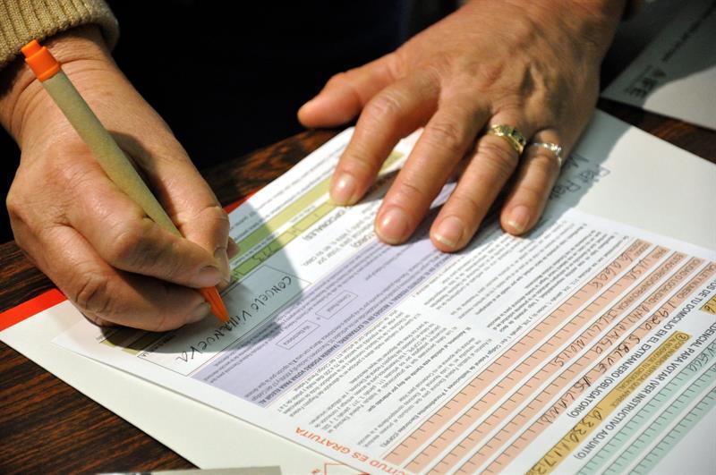 Puertorriqueños residentes en Florida obtienen documentos vitales ...