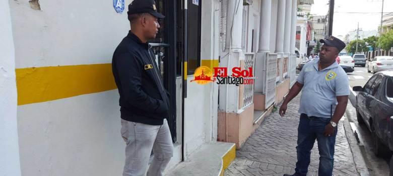 Policía Nacional indaga robo RD$1.2 millones negocio Santiago