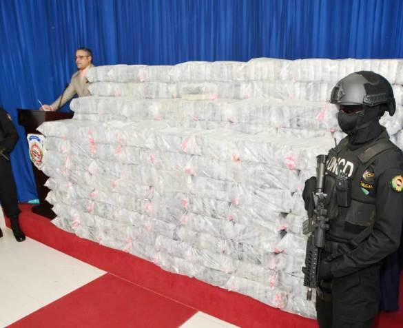 DNCD se incauta de mil paquetes de drogas en Boca Chica