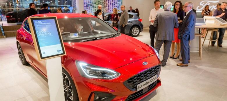 Ford lanza servicio de venta en línea