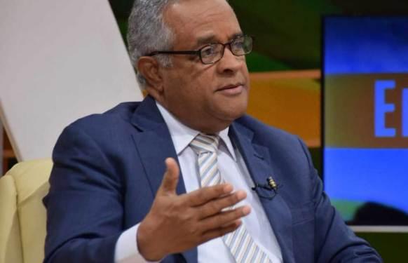 ministro de salud rafael sanchez cardenas