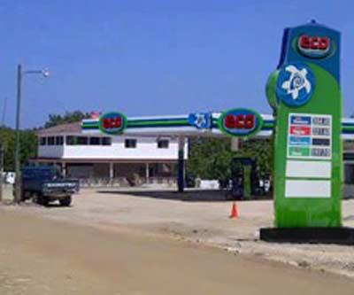 Asaltan estación combustibles en Manzanillo