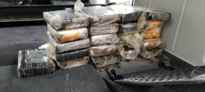 DNCD ocupa 22 kilos de cocaína en Santo Domingo Este