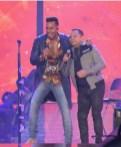 Romeo Santos y Joe Veras en el MetLife Stadium