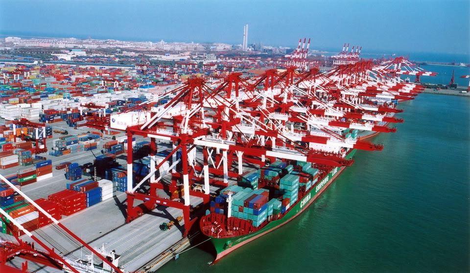 Guerra comercial en ciernes beneficiaría a la UE - El Sol Latino