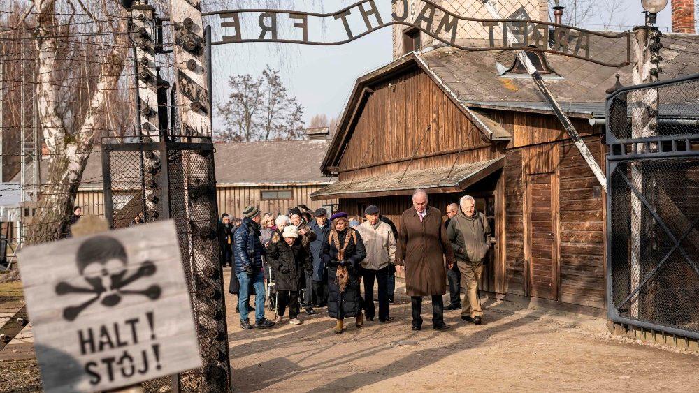 Más de 200 supervivientes del Holocausto compartieron sus testimonios. Foto cortesía