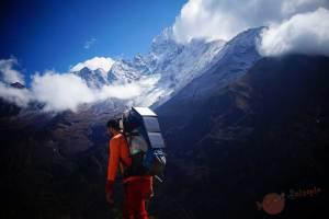 En la cordillera del Himalaya
