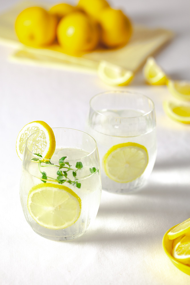 Lemon & thyme flavoured drinks