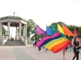 Ondeó en Zapotlán la bandera de la diversidad