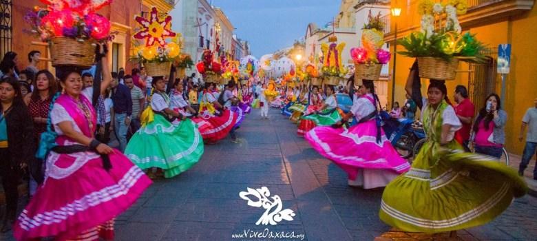 Imagen extraída de: http://www.viveoaxaca.org/p/guelaguetza2016.html