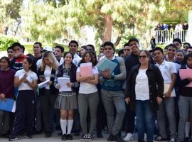 Arranca entrega de becas a estudiantes en Zapotlán
