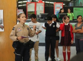 En Zapotlán policías trabajan con niños para evitar bullying en escuelas