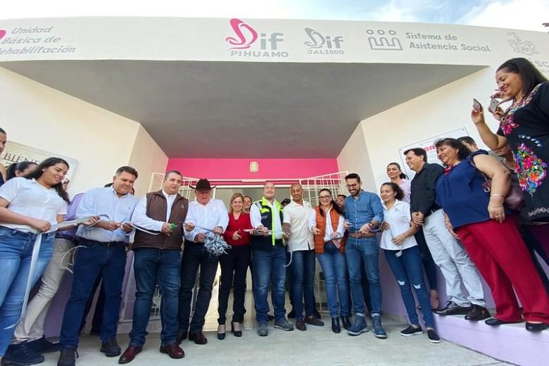 Gobernador inaugura obras y anuncia inversión para 2020 en el sur de Jalisco