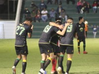 Mazorqueros se lleva la victoria ante Chivas