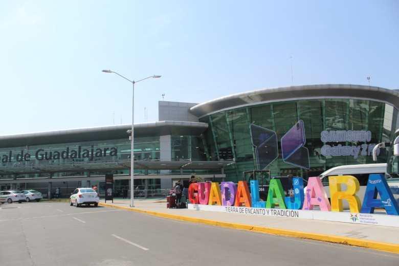 Piden a paisanos en el extranjero, no viajar a Jalisco por Covid-19