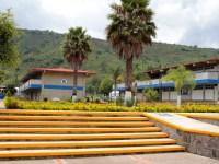 Por no entregar documentos, aspirantes podrían quedar fuera de la prepa de Ciudad Guzmán