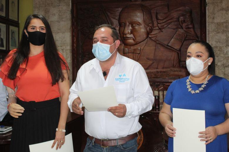 Alcalde de Zapotiltic, Francisco Sedano, pide licencia