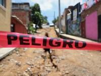 Piden vecinos de la colonia Cruz Blanca terminar la calle De la Cruz
