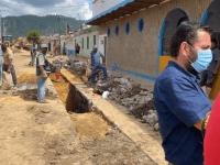 Vecinos impiden clausura de obra de Sapaza