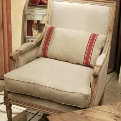 ref. 007SE230NAT Sillón estilo Luis XVI, roble natural y tapizado en lino 68x70xh95