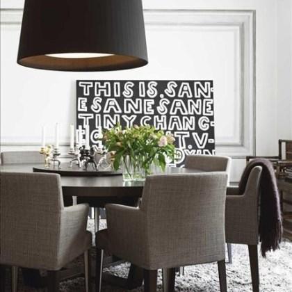 Lámpara pantalla Cinta negra, Comedor ( foto vía Skonahem )